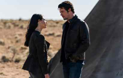 """Roswell, New Mexico Season 1 Episode 9: """"Songs About Texas"""""""
