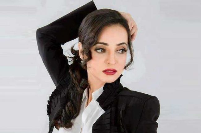 Dont You Guys Want To Know What Sanaya Irani Is Doing