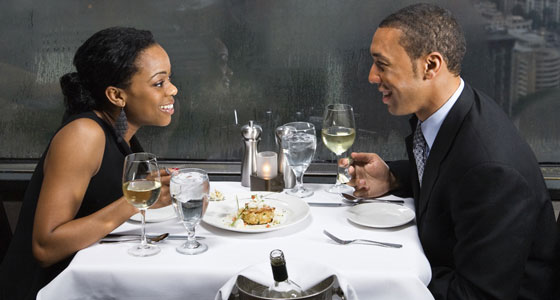 couple-out-on-a-date