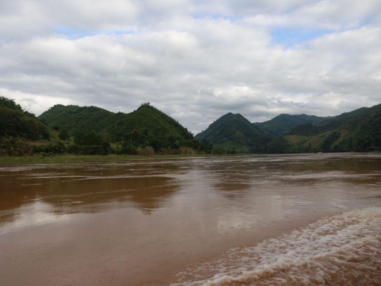 Slow boat, Laos
