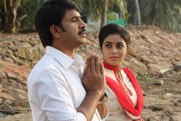 4 Crores Loss Srinivas Reddy Jayammu Nischayammuraa Movie