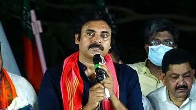 Pawan poses major questions to Jagan