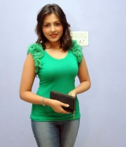 madhu-salini-new-photos-05