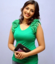 madhu-salini-new-photos-10