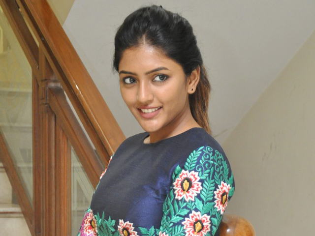 isha rebba into kollywood