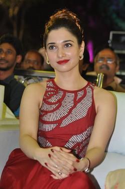 actress tamanna red dress