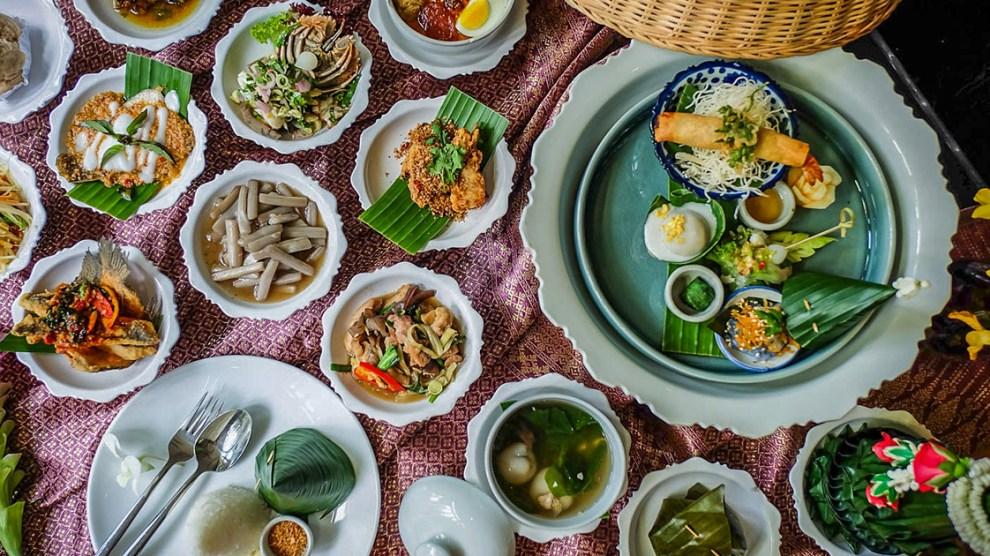 บุฟเฟ่ต์อาหารไทยโบราณ
