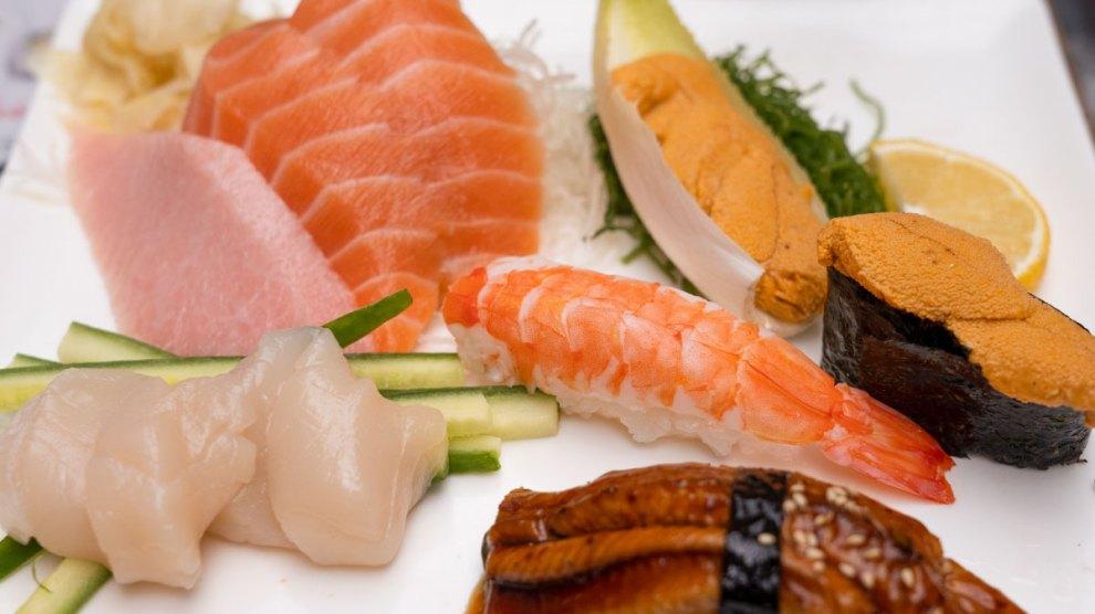 Tomoe ร้าน อาหารญี่ปุ่น New York ซูชิ ซาชิมิ คุณภาพ