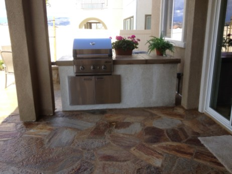 Flagstone patio with built in BBQ in Temecula McCabe's Landscape Construction