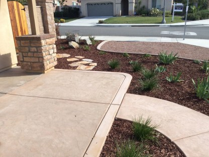 Front courtyard with concrete in Temecula McCabe's Landscape Construction