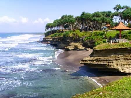 Pantai Batu Hiu Objek Wisata Penuh Legenda Tempat Wisata
