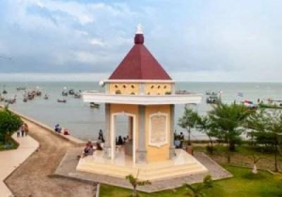 Pantai boom Tuban Jawa Timur