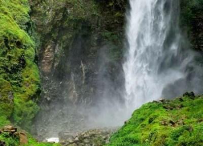 Air terjun Sipiso-piso Kabupaten Tanah Karo