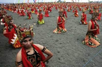 Festival Banyuwangi di Pantai Boom