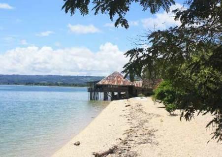 Danau Poso Tentena