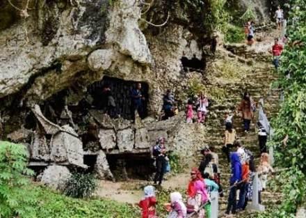 Wisata Tana Toraja