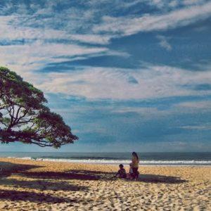 Bulan Madu Di Pantai Pok Tunggal