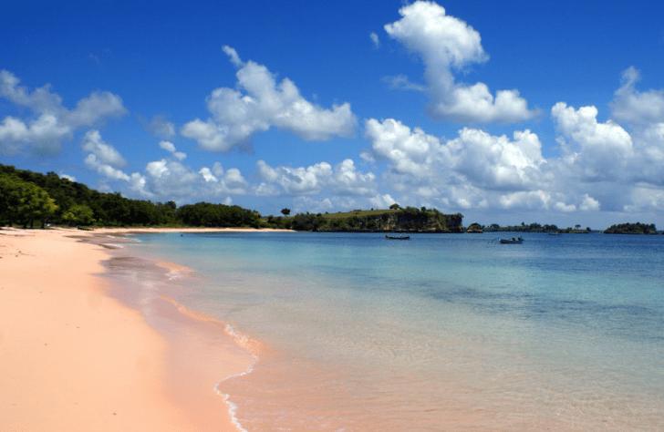 Asal Usul Pasir dan Nama Pantai Tangsi Lombok