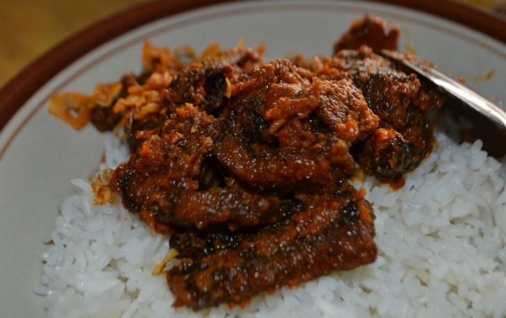 Rekomendasi Tempat Wisata Kuliner di Tuban yang Enaknya Kebangetan-Rica Belut Warung Bagong