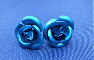 Electric blue metallic rose stud earrings