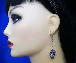 Gothic shimmer 3D skull and drop chain earrings