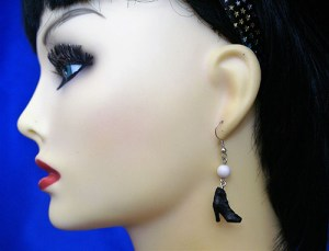 Black Victorian ankle boot and bead earrings