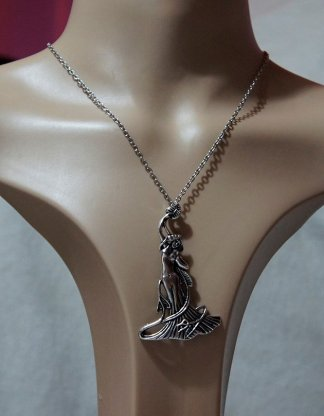 Silver Bohemian maiden necklace