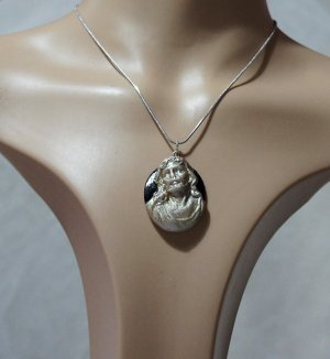 Jesus 3D silver and black cameo necklace