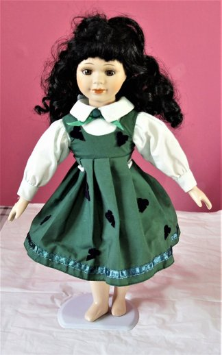 Victorian Lolita green pinafore and heart dress
