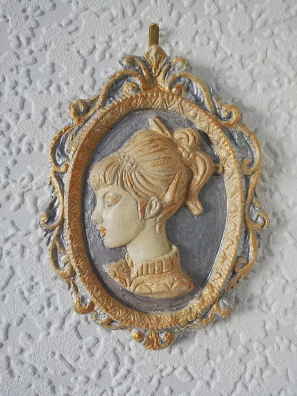 Gold and silver 3D ponytail lady cameo wall plaque