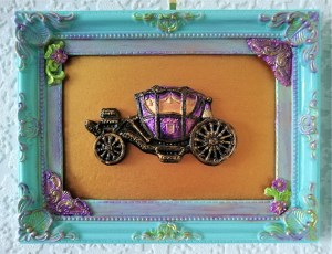Victorian 3D carriage in gold and aqua green wall plaque