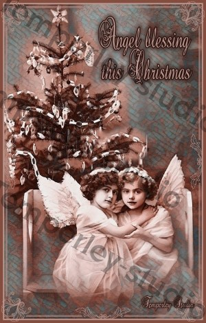Victorian angels with Christmas tree