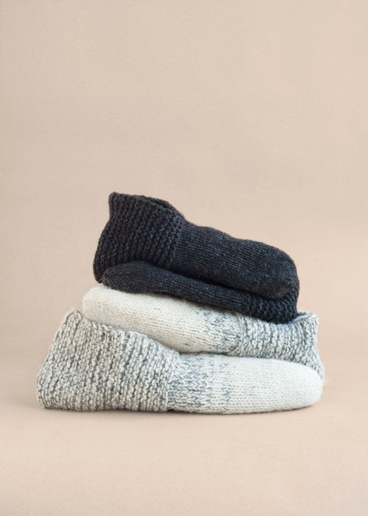 Simple House Slippers - Temple of Knit
