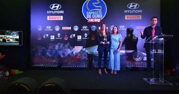 Ayrton Senna é homenageado na premiação do Capacete de Ouro