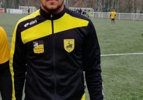 Adaptado ao futebol Francês, Warley Saha aguarda por propostas