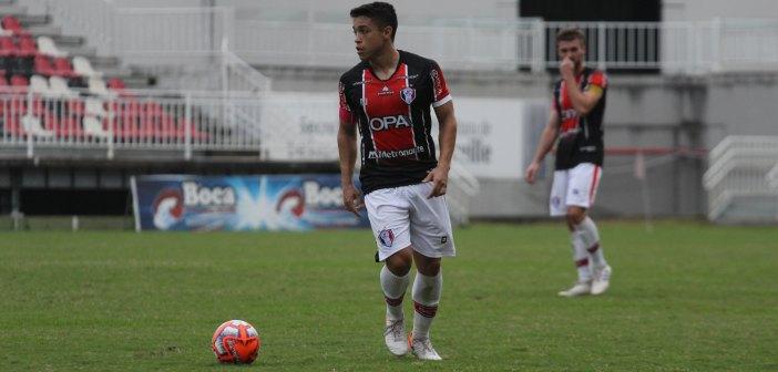 De volta aos treinamentos, Lucas de Sá aposta em Joinville competitivo em 2020