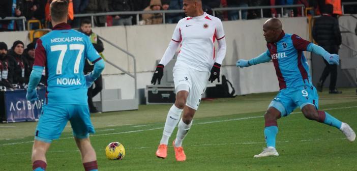 """Após vitória fora de casa, Flávio Ramos se prepara para grande clássico na Turquia: """"Ligado nos 220"""""""
