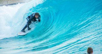 Lucas Chumbo participa de ação especial aos fãs de surf