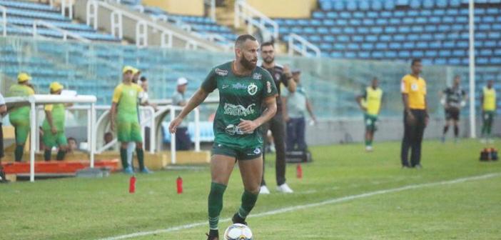 Peça-chave do acesso do Altos-PI, Klenisson mira agora título brasileiro da Série D