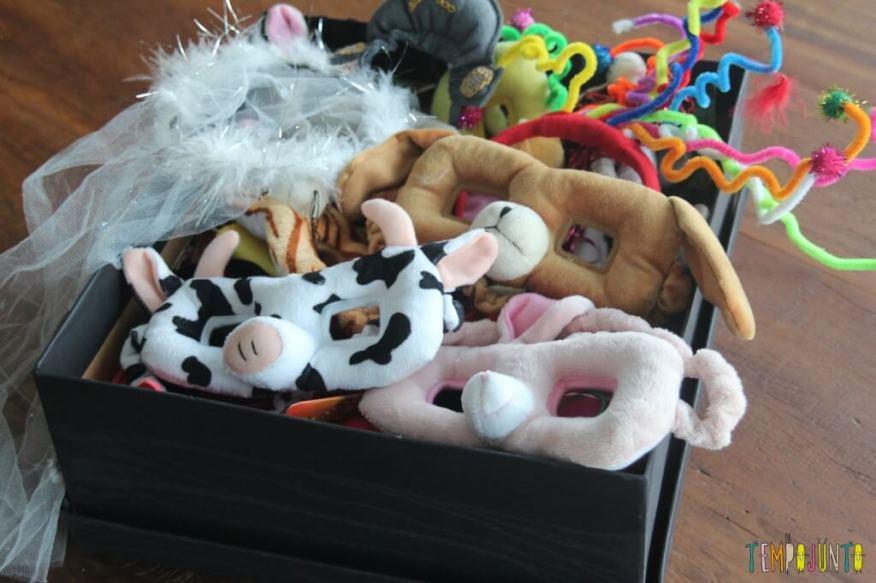 Máscara de Carnaval - caixa de varias mascaras