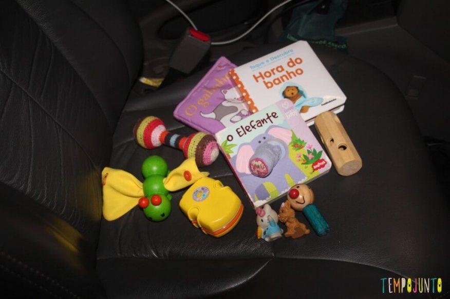 Como distrair o bebê na viagem - brinquedos