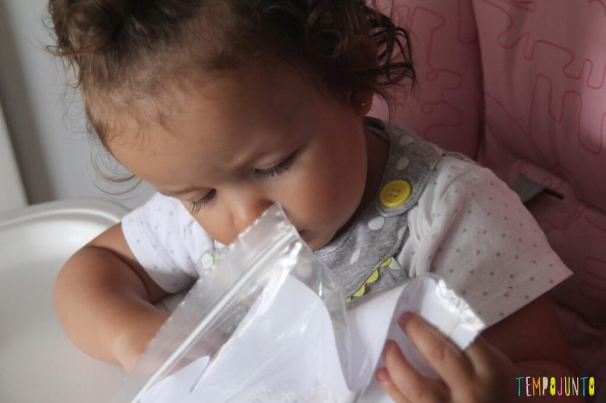 Pintura sem sujeira para bebês - gabi interessada