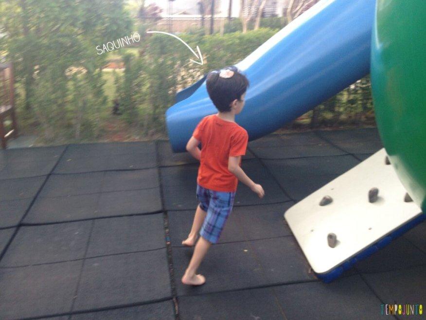 11 Brincadeiras para estimular o sexto e sétimo sentidos das crianças - pocoyo com o saquinho