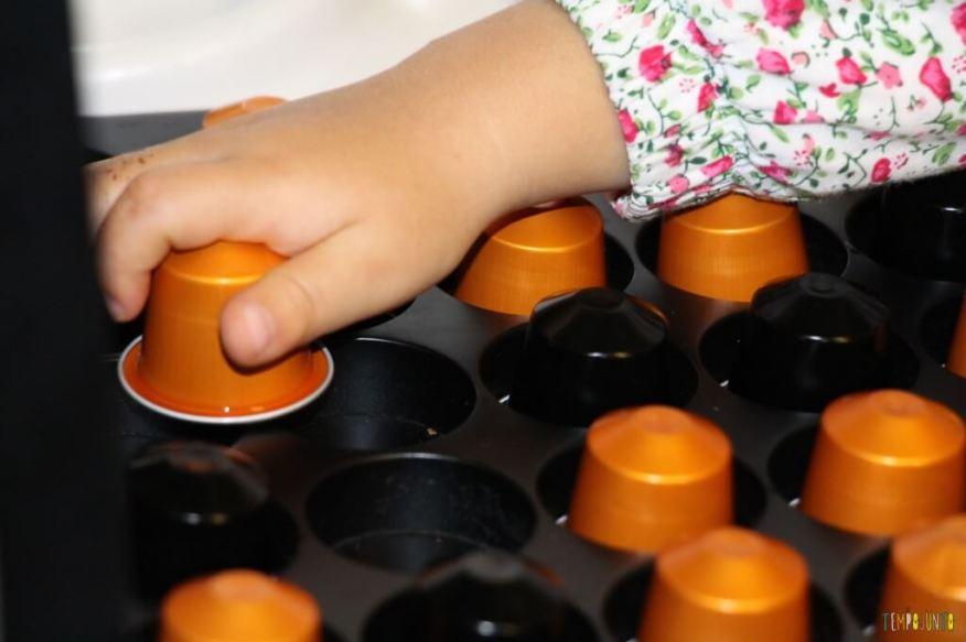 O que você pode transformar em brinquedo - espaço vazio pro nespresso