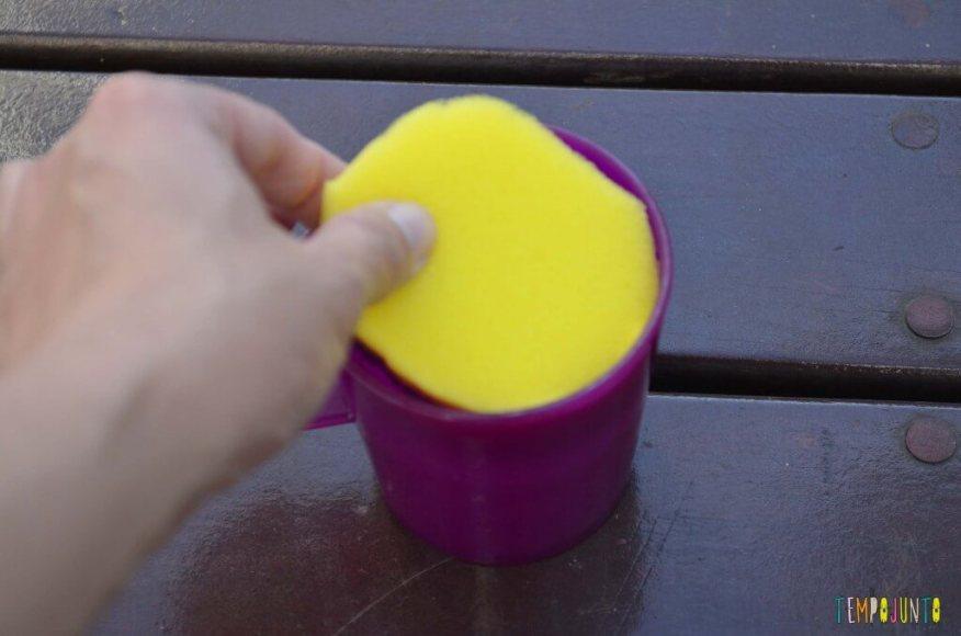Truques para brincar de mágica com as crianças - esponja