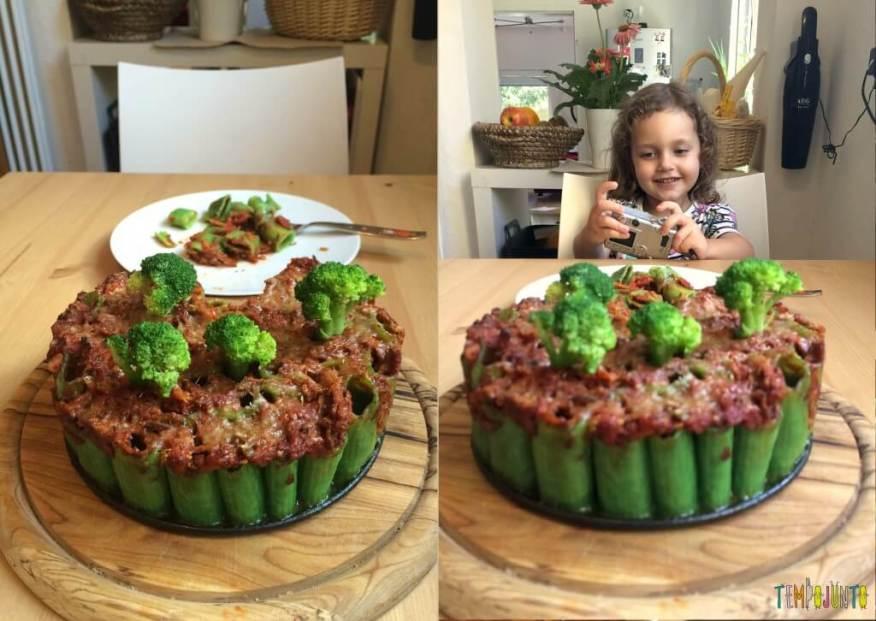 Brincando na cozinha - como criar uma Floresta Encantada dos Nutrientes com as crianças -tirando foto