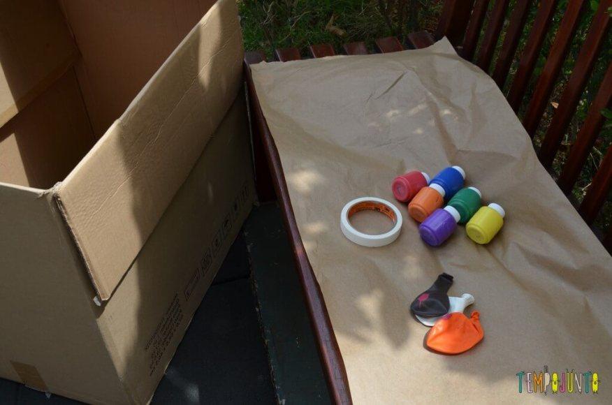 8 brincadeiras de artes ao ar livre - bexiga na caixa