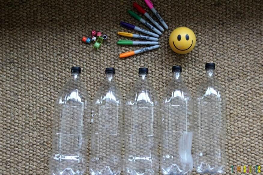 Como fazer boliche de garrafa pet - materiais
