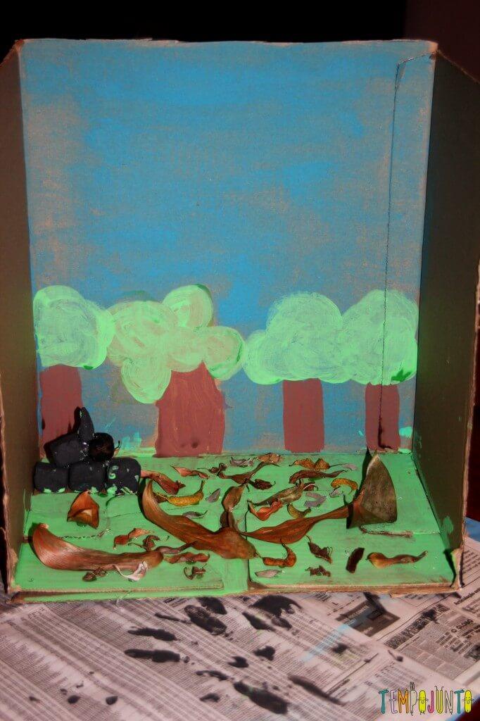 Como fazer um cenário de papelão para a brincadeira de imaginação - cenario pronto