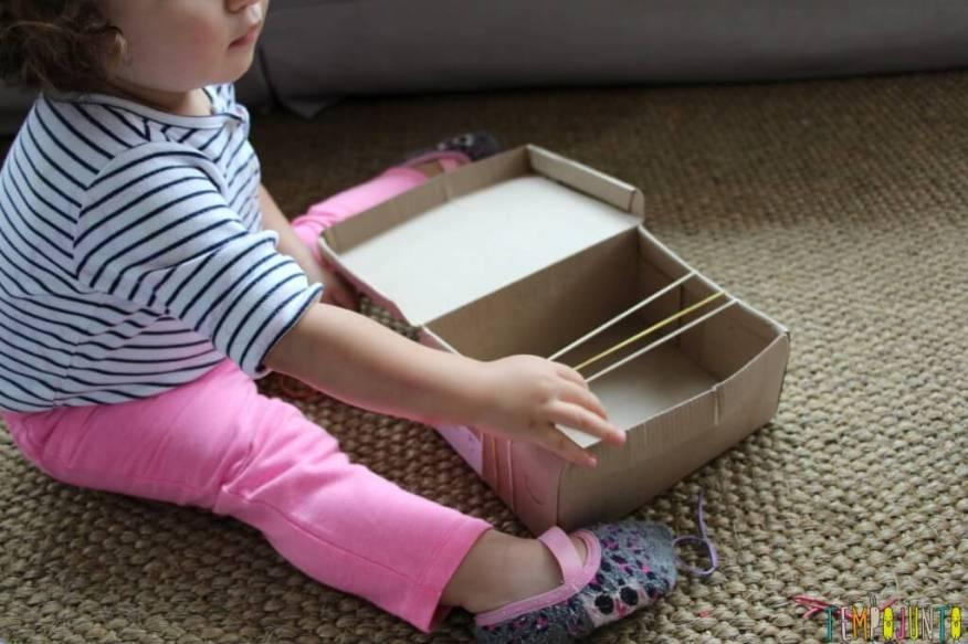 Como fazer um instrumento musical caseiro para os pequenos - gabi e a caixa